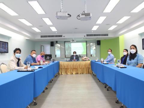 การประเมินสถานศึกษาเพื่อรับรางวัลพระราชทาน ประจำปีการศึกษา 2558